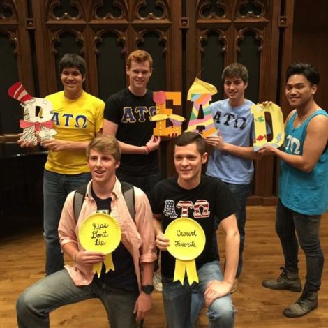 Pi Beta Phi's Lips for literacy (Millikin 20151212)