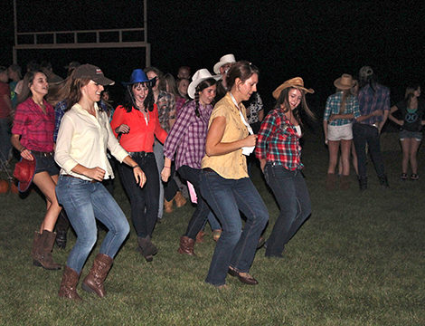 Grab Your Boots and Flannels It's Time to Hoedown. (Northern Kentucky 20151117)