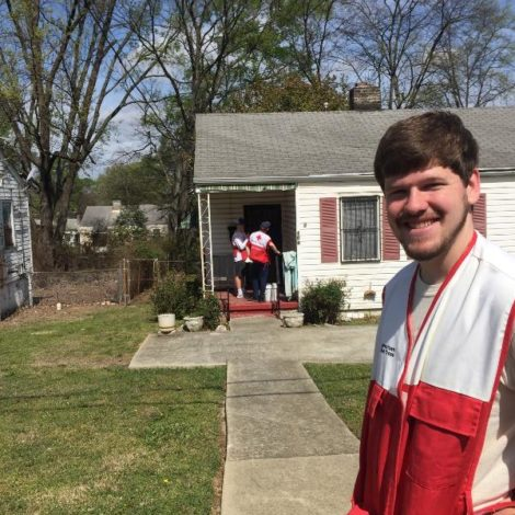 Kappa Rho serves the American Red Cross (Samford 20170327)
