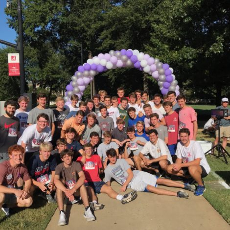 Beta Delta Pledges Participate in 5k