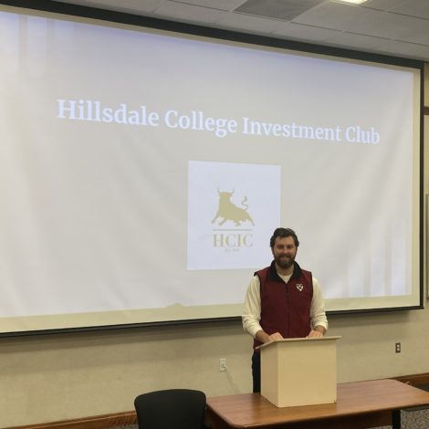 Beta Kappa Brother Leads Investment Club